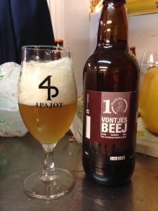 4 Pajot Vontjesbeej bier
